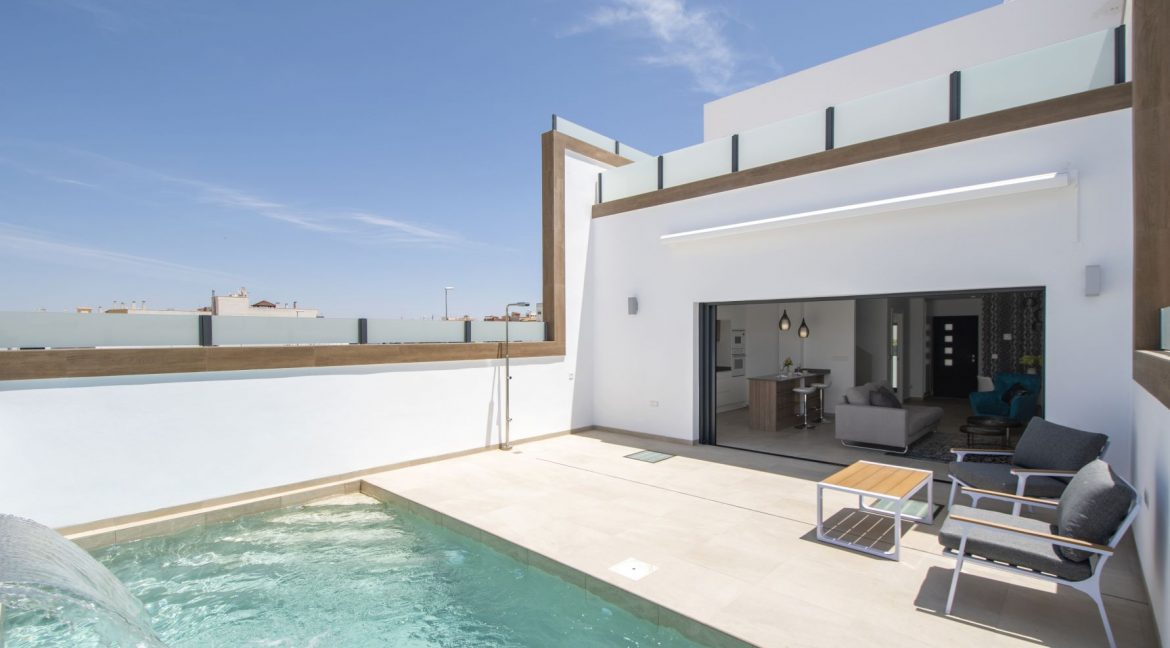 3 Bedrooms and 2 bathrooms Villas For Sale in Benijofar with Swimming Pool (11)