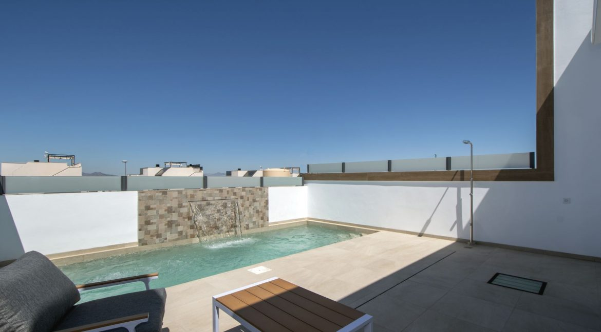 3 Bedrooms and 2 bathrooms Villas For Sale in Benijofar with Swimming Pool (13)