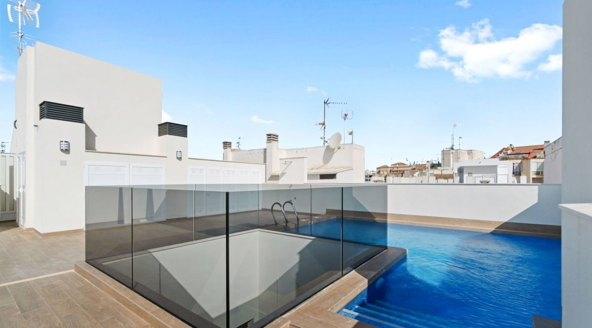 3 Bedrooms Apartments For Sale in Torrevieja Beach (1)