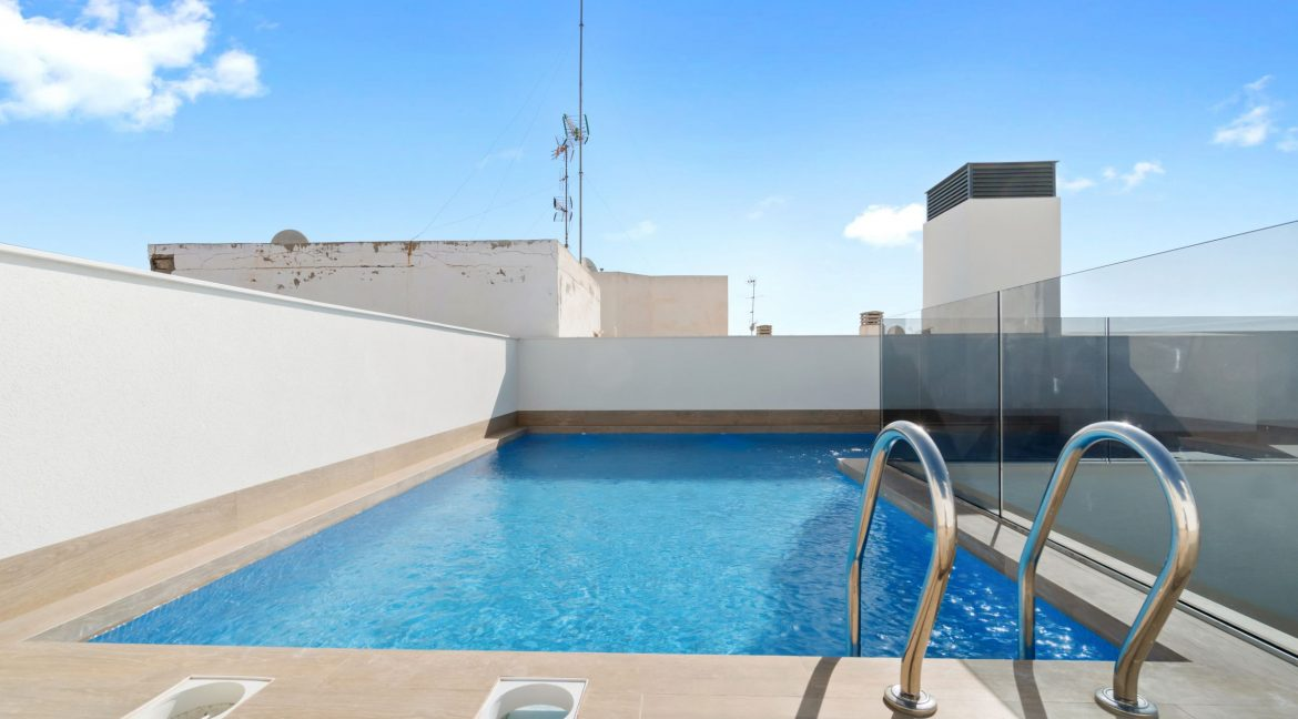 3 Bedrooms Apartments For Sale in Torrevieja Beach (24)