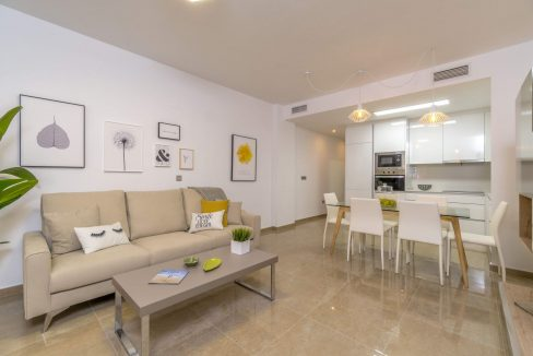 3 Bedrooms Apartments For Sale in Torrevieja Beach