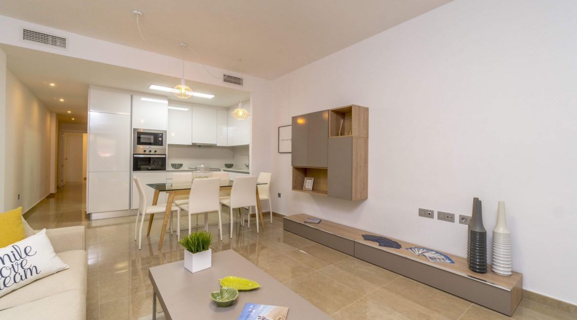 3 Bedrooms Apartments For Sale in Torrevieja Beach (49)