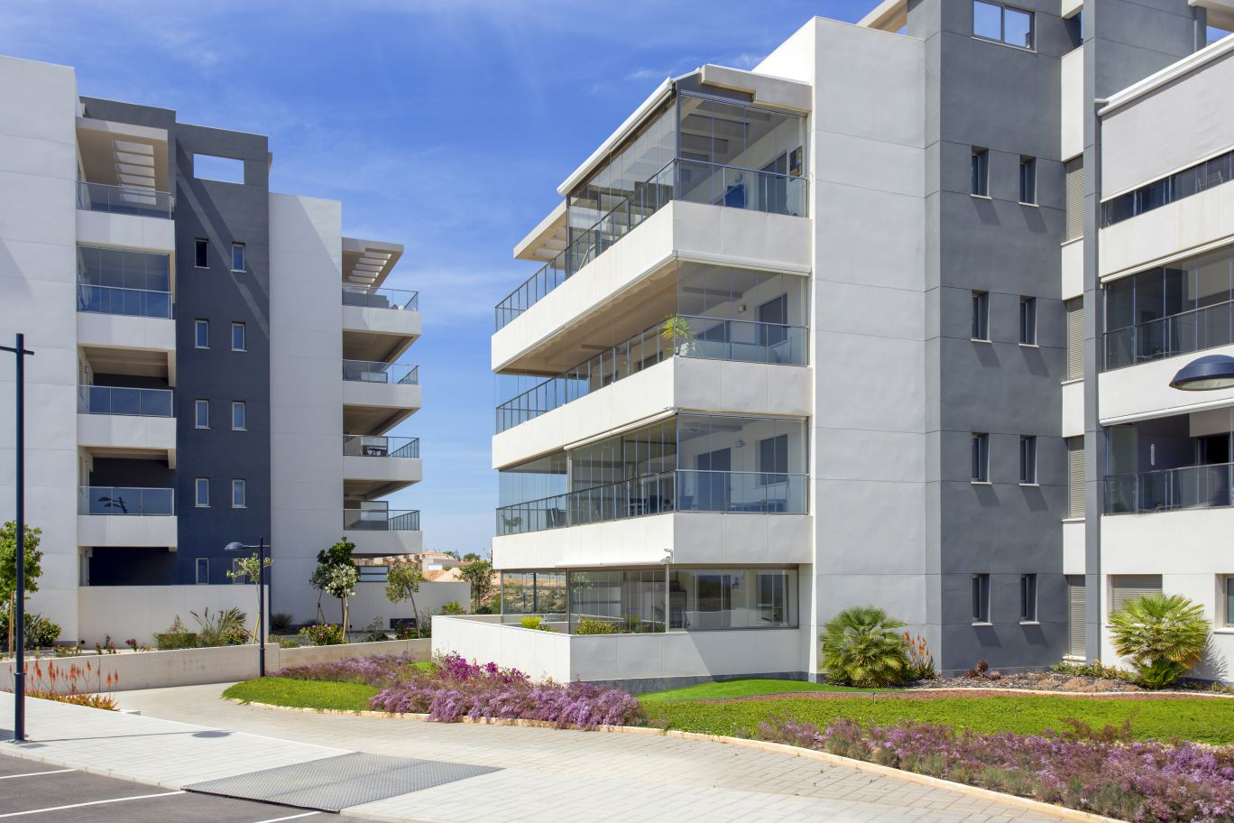 Apartments For Sale with 2 Bedrooms, Terrace and Swimming Pool in Orihuela Costa