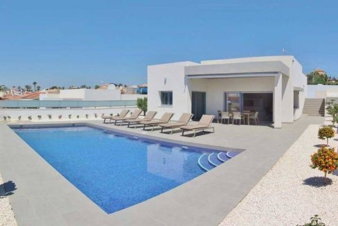 Villa in Benijofar with 3 bedrooms and swimming pool