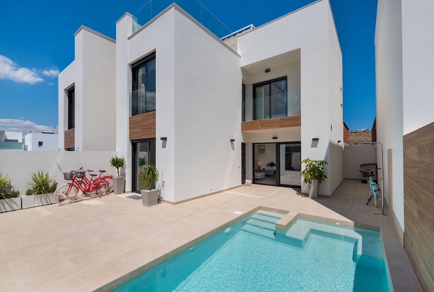 Villas in Ciudad Quesada with 3 bedrooms and optional swimming pool