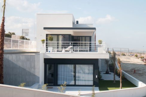 Villas with 3 bedrooms and solarium in San Miguel