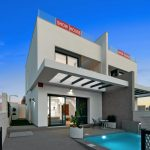 Villas with 3 bedrooms, swimming pool and solarium in Orihuela Costa