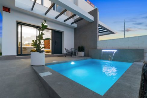 Villas with 3 bedrooms, swimming pool and solarium in San Miguel (31)