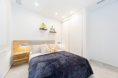 Apartments For Sale With 2 Bedrooms, Terrace And Solarium In Torrevieja (12)