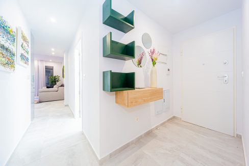 Apartments For Sale With 2 Bedrooms, Terrace And Solarium In Torrevieja (17)