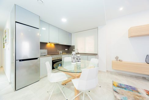 Apartments For Sale With 2 Bedrooms, Terrace And Solarium In Torrevieja (2)