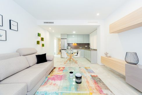 Apartments For Sale With 2 Bedrooms, Terrace And Solarium In Torrevieja (3)