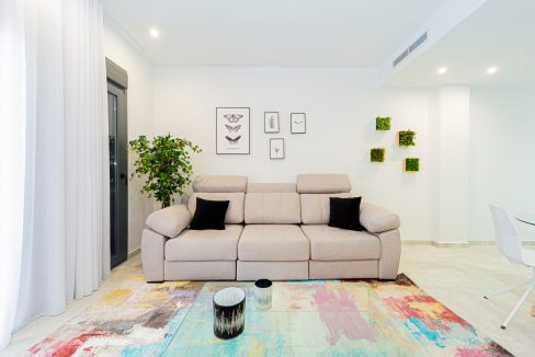 Apartments For Sale With 2 Bedrooms, Terrace And Solarium In Torrevieja (5)
