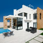 Villas with 3 bedrooms and 3 bathrooms overlooking to the sea