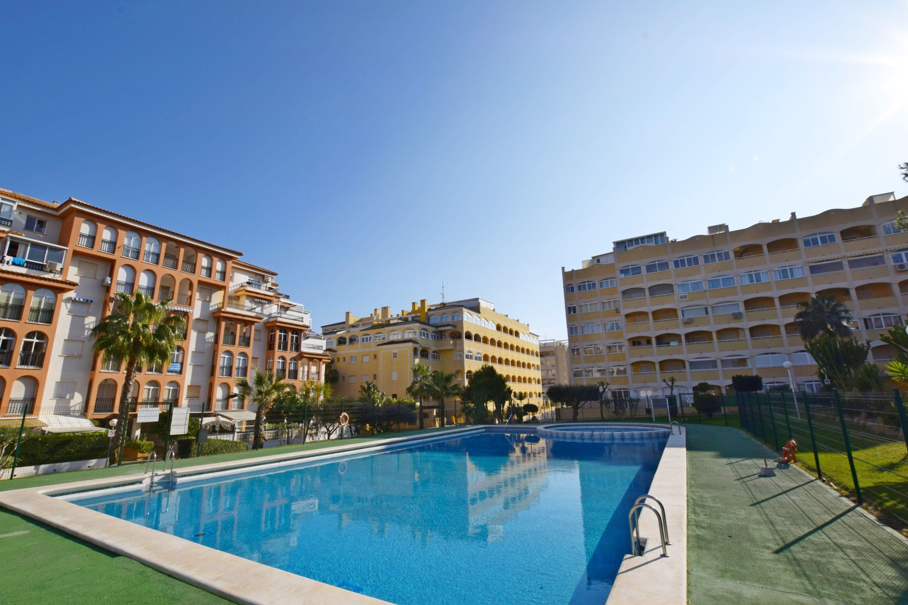 Apartments For Sale with 2 Bedrooms and Swimming Pool Near the Beach