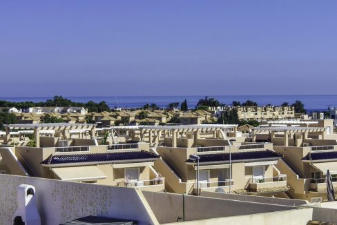 2 Bedroms Top Floor Apartment For Sale in Punta Prima Beach (13)