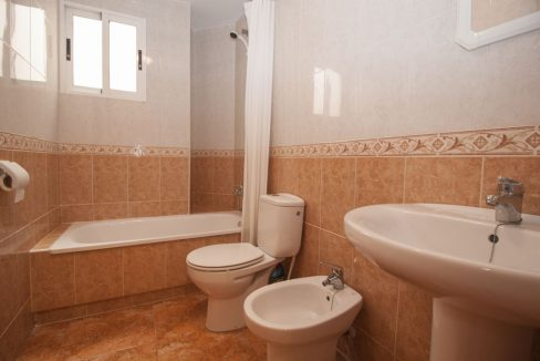2 Bedrooms Apartment With Swimming Pool For Sale Torrevieja (2)