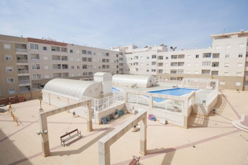2 Bedrooms Apartment With Swimming Pool For Sale Torrevieja (4)