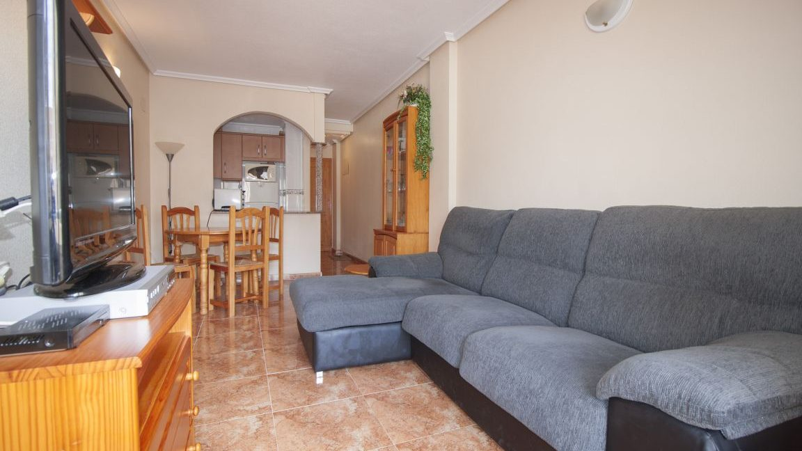 2 Bedrooms Apartment With Swimming Pool For Sale Torrevieja (5)