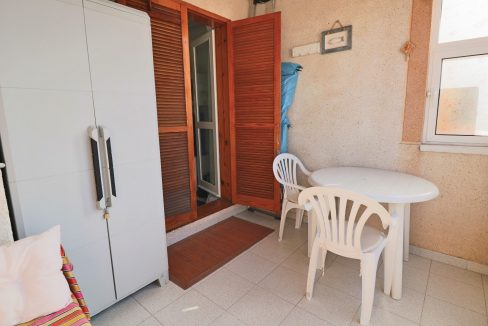 2 Bedrooms Apartment for Sale in Torrevieja Near Los Naufragos Beach (14)