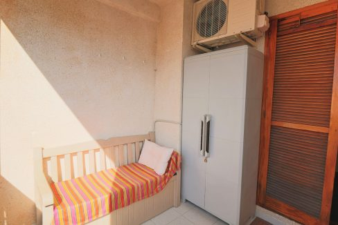 2 Bedrooms Apartment for Sale in Torrevieja Near Los Naufragos Beach (15)