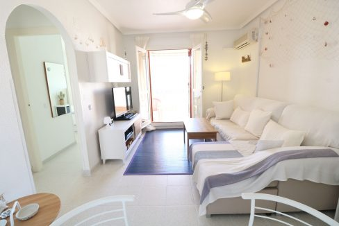 2 Bedrooms Apartment for Sale in Torrevieja Near Los Naufragos Beach (3)
