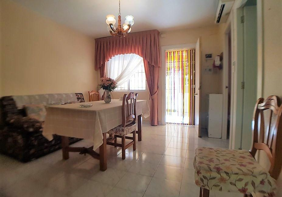 2 Bedrooms Bungalow Close to The Beach (7)