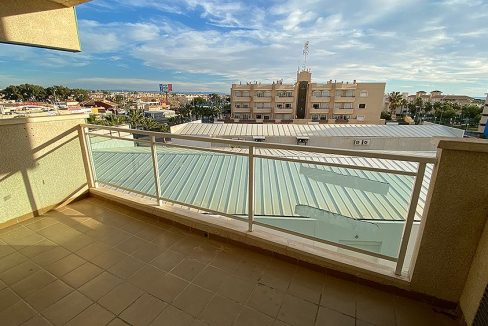 2 Bedrooms apartment for sale with parking and storagerooms in cabo roig (24)