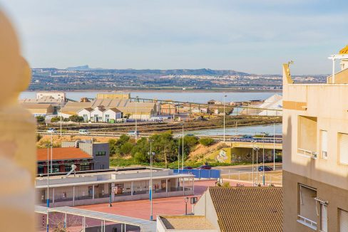 2 Bedrooms apartment in Torrevieja (19)