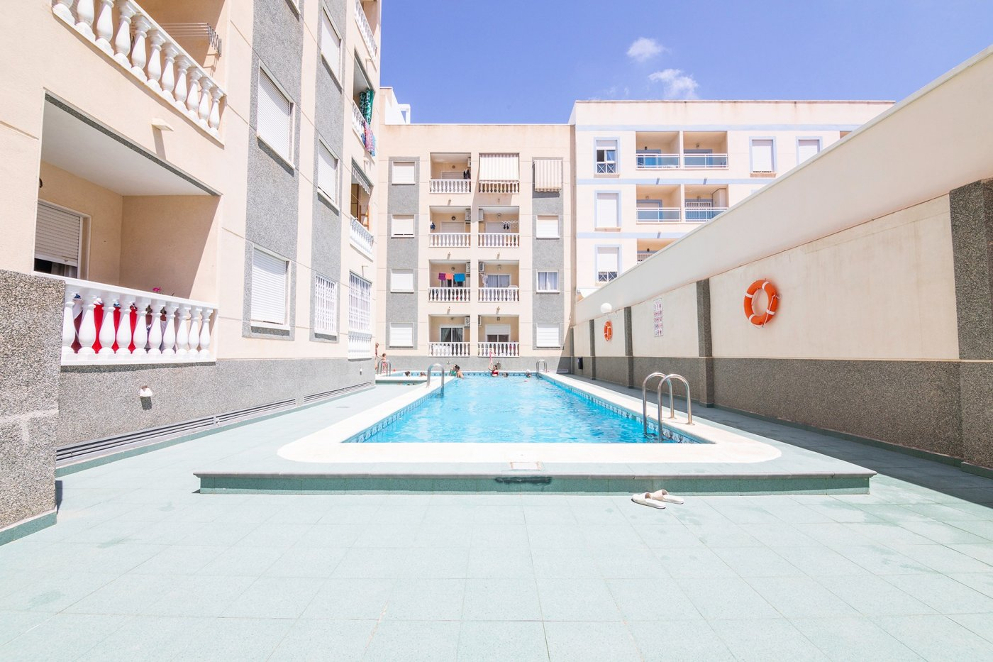 2 Bedrooms Apartment For Sale with Terrace and Swimming Pool