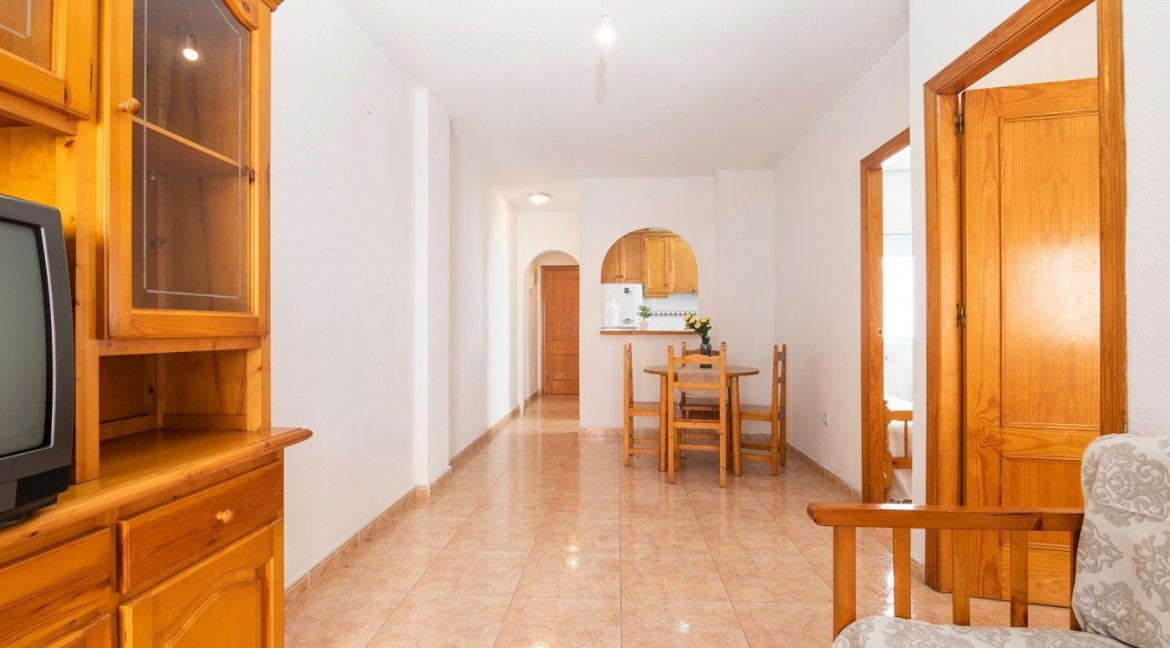 2 bedrooms apartment for sale in Torrevieja (11)