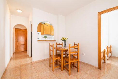 2 bedrooms apartment for sale in Torrevieja (3)