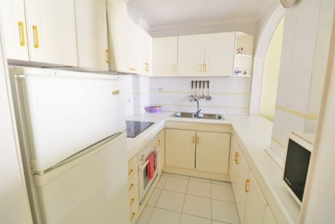 2 bedrooms apartment for sale near the beach (16)