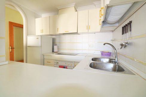 2 bedrooms apartment for sale near the beach (17)