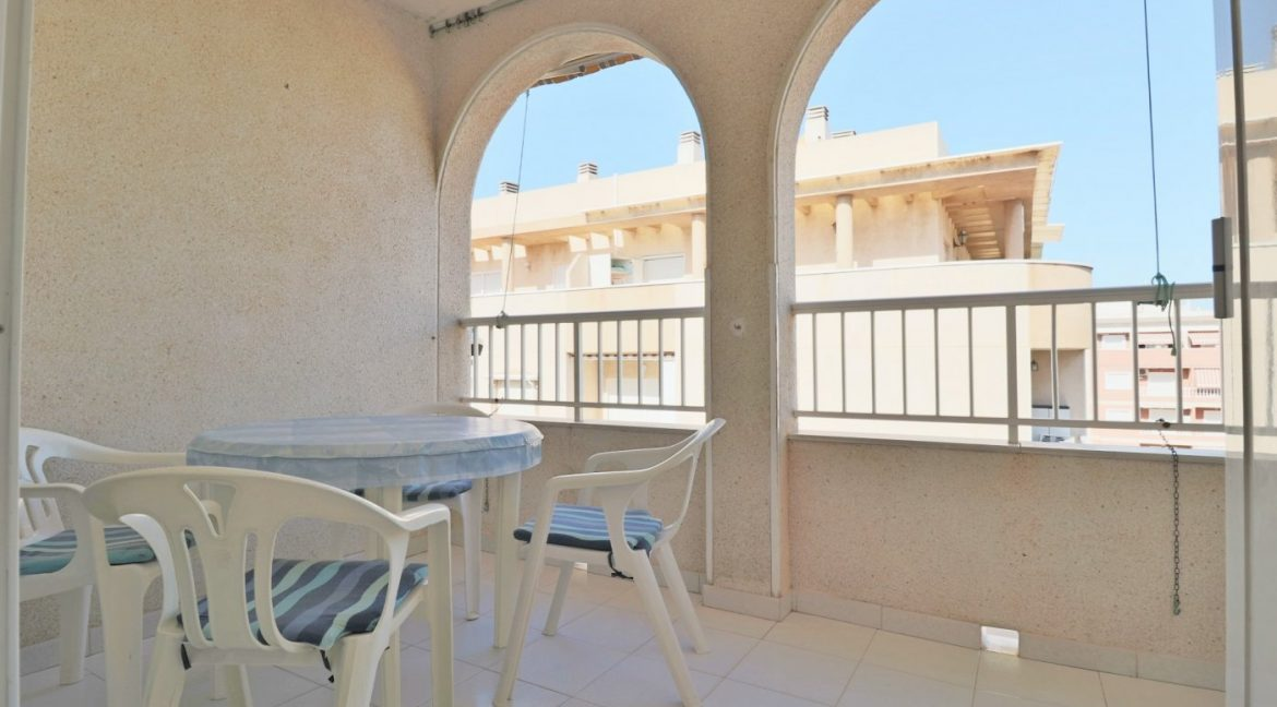 2 bedrooms apartment for sale near the beach (3)
