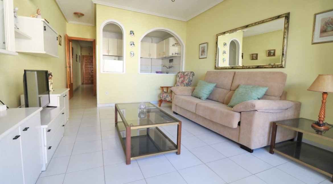 2 bedrooms apartment for sale near the beach (4)