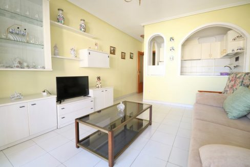 2 bedrooms apartment for sale near the beach (5)