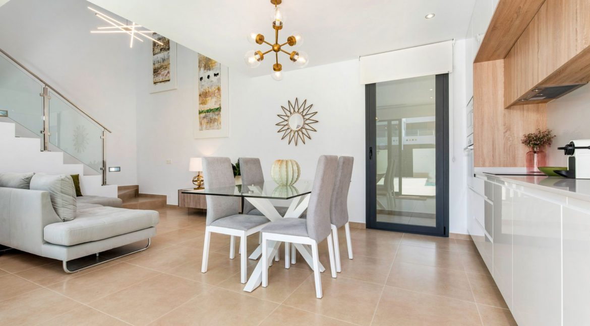 3 Bedrooms Villa For Sale In Rojales Close To The Golf Course (23)
