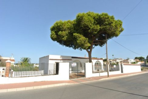 3 Bedrooms Villa For Sale in Los Balcones (2)