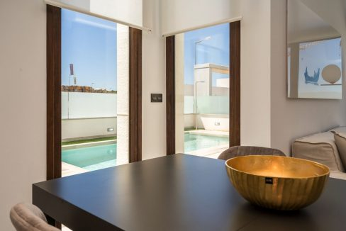 3 Bedrooms Villa with Basement In Torrevieja (12)