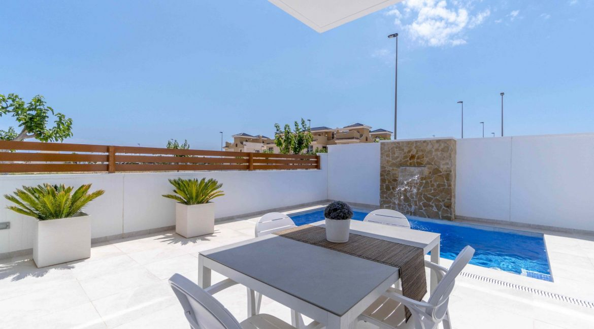 3 Bedrooms Villas For Sale with Swimming Pool in Torre de la Horadada (12)