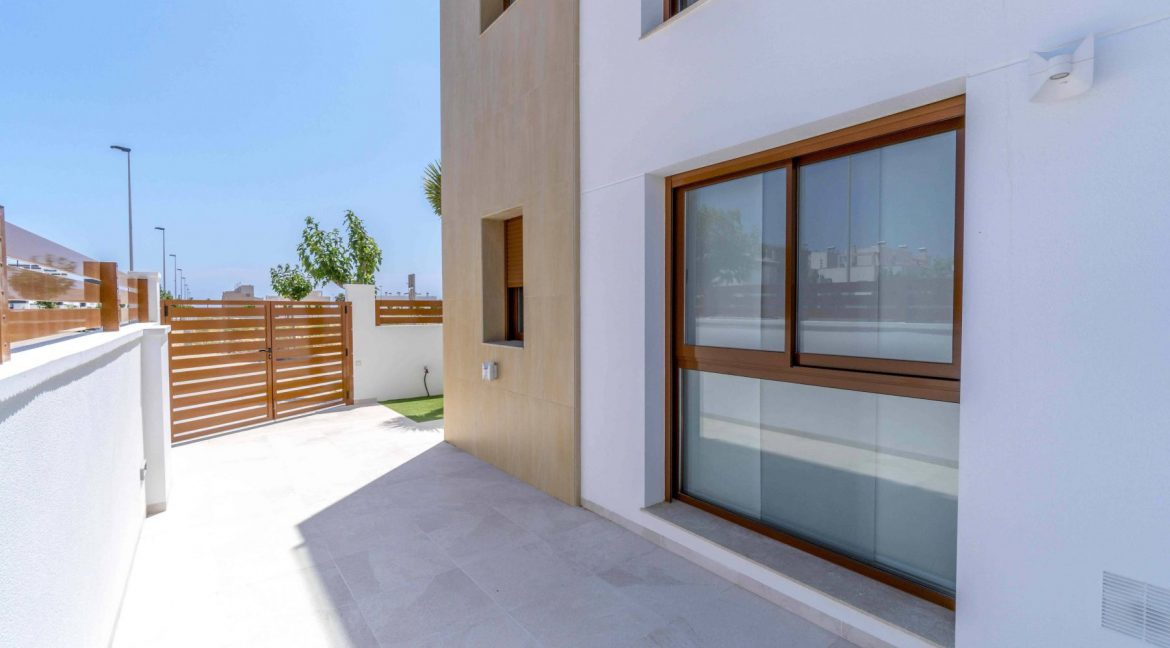 3 Bedrooms Villas For Sale with Swimming Pool in Torre de la Horadada (20)