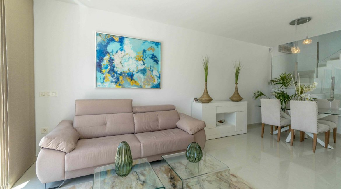 3 Bedrooms Villas For Sale with Swimming Pool in Torre de la Horadada (30)