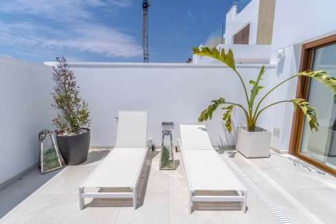 3 Bedrooms Villas For Sale with Swimming Pool in Torre de la Horadada (9)