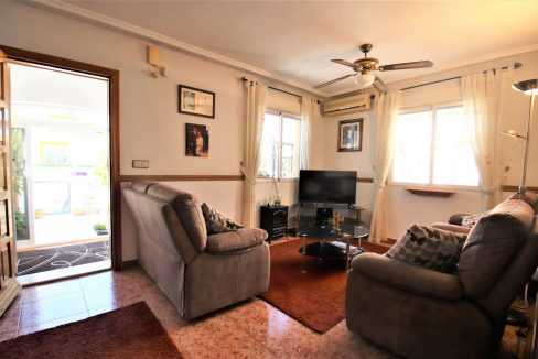 3 Bedrooms townhouse with parking for sale in Torrevieja (11)