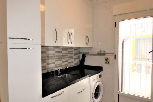 3 Bedrooms townhouse with parking for sale in Torrevieja (14)