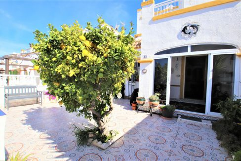 3 Bedrooms townhouse with parking for sale in Torrevieja (4)