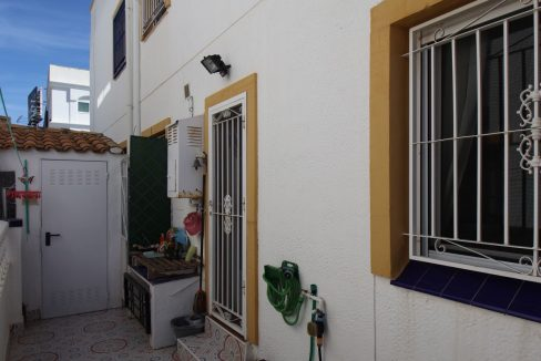 3 Bedrooms townhouse with parking for sale in Torrevieja (45)