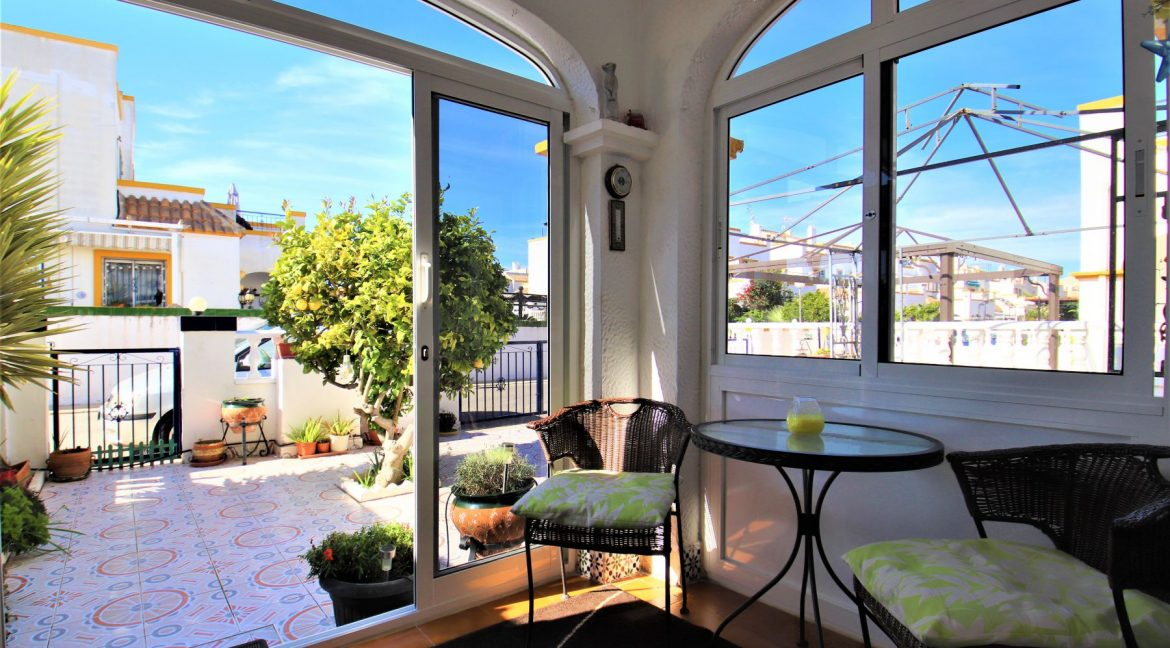 3 Bedrooms townhouse with parking for sale in Torrevieja (6)
