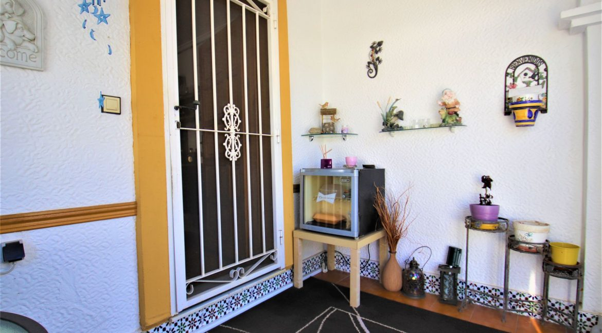 3 Bedrooms townhouse with parking for sale in Torrevieja (7)
